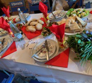 Déjeuner géorgien traditionnel