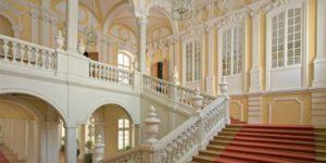 Escalier du palais Rundale
