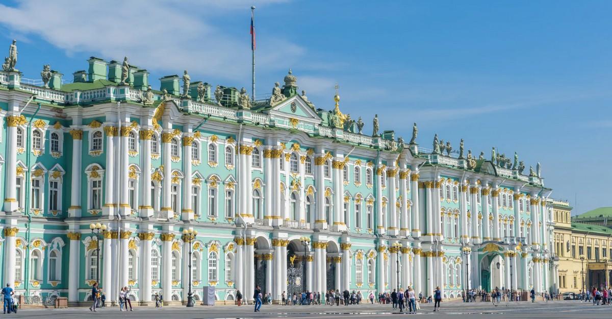 St Petersburg, Long Weekend