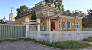Vologda wooden house